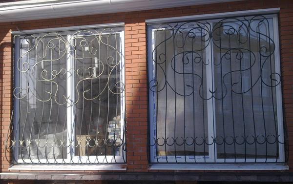 металлические двери и решетки на окна от производителя